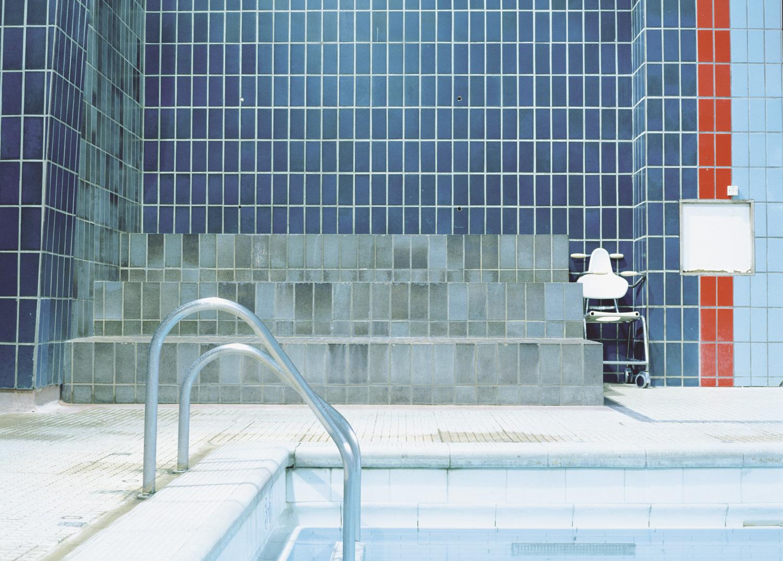 Pool-Steps_AOPawds.jpg