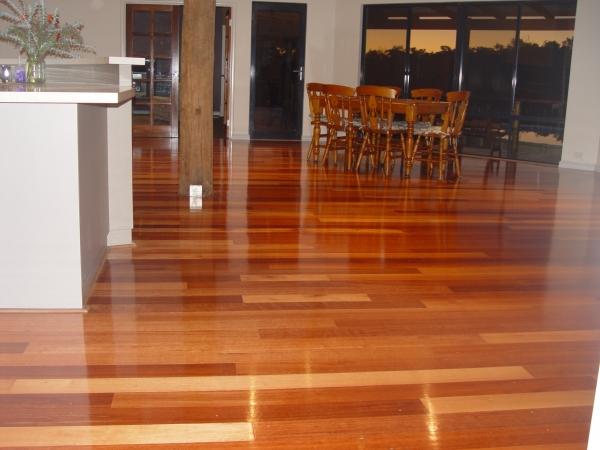 Karri_Flooring1.jpg