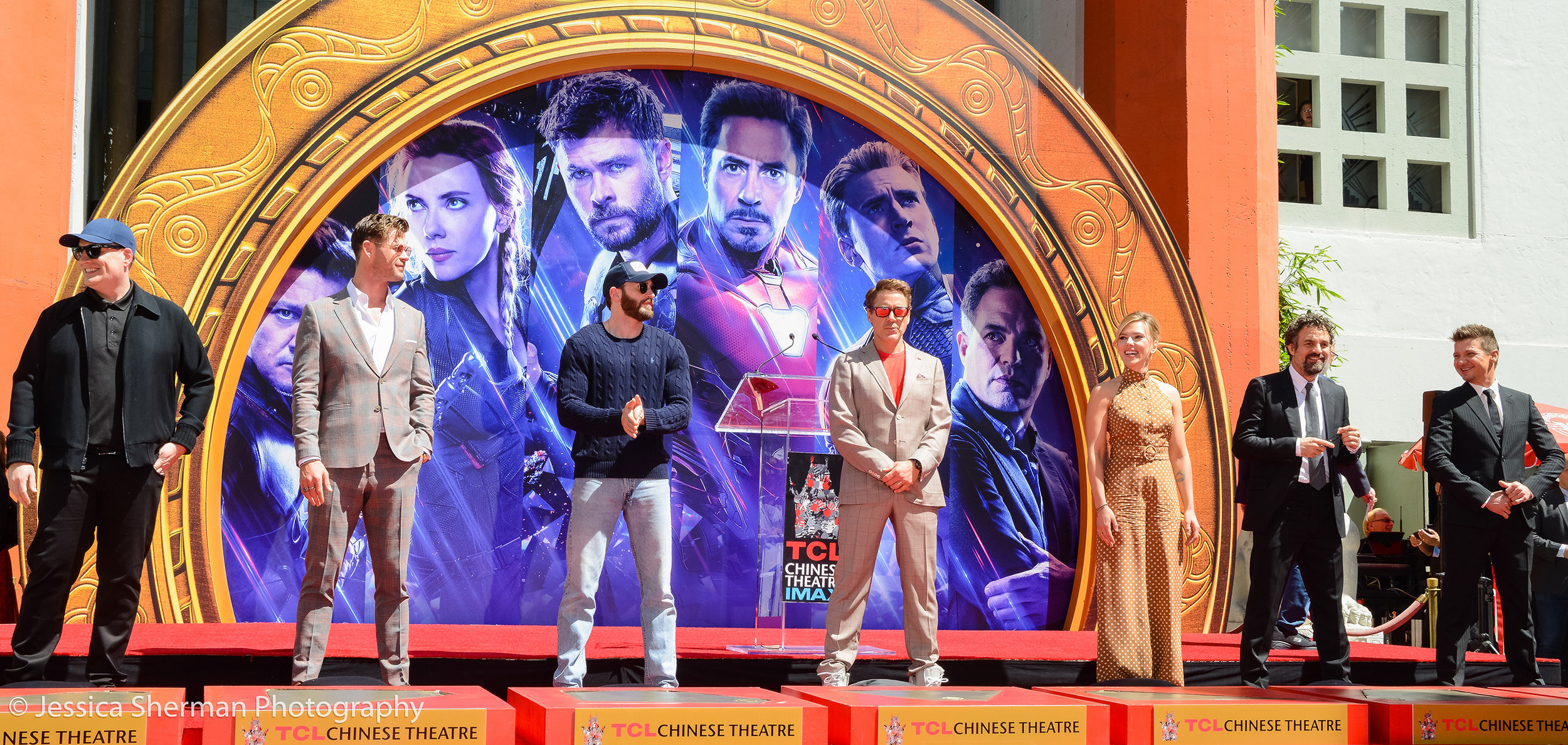 Avengers-Cast-Wide-Angle-0948-WEBSITE.jpg