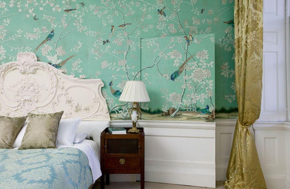 'Earlham' design in full custom design colours on Sung Blue Williamsburg  with antique staining. Pineapple Damask Silk fabric in 'Honey'.