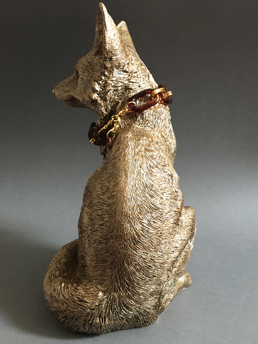 Light bronzed fox ornament with necklace.jpg