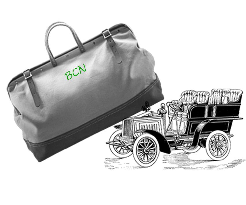 maletin y coche con siglas barcelona.jpg