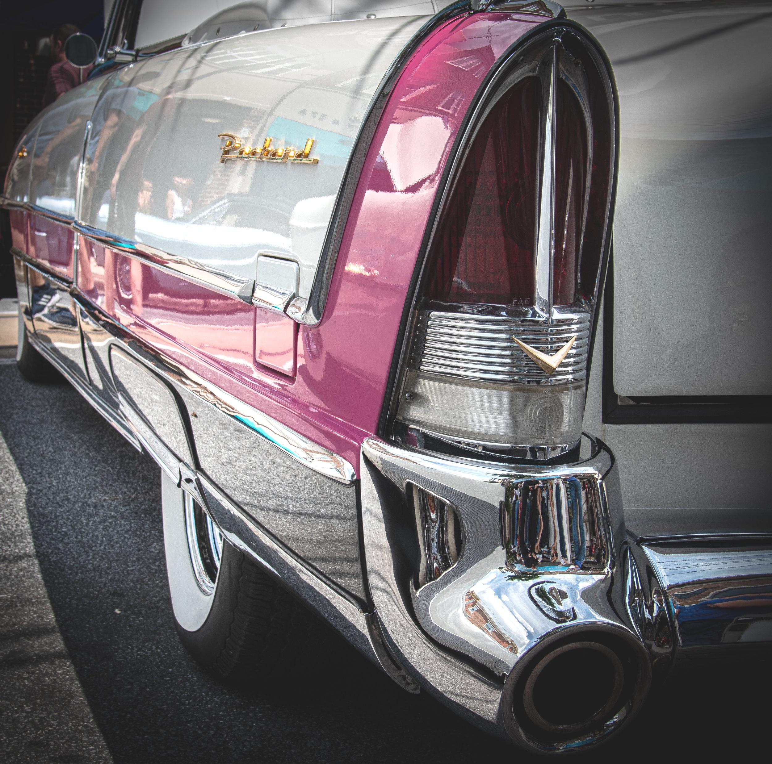 Packard in white and pink
