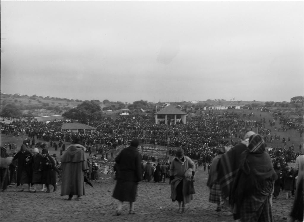 peregrinação a fátima 1927.jpg