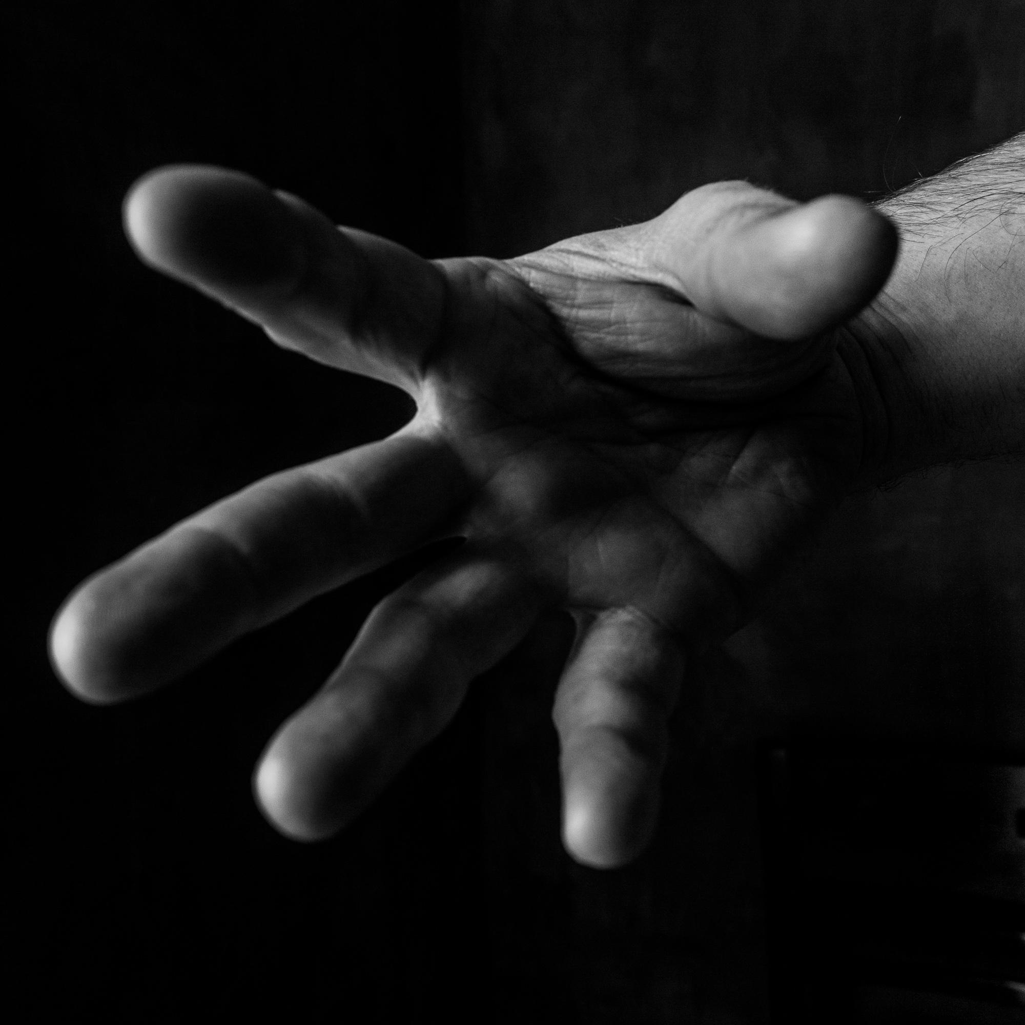 Hand26-102.jpg