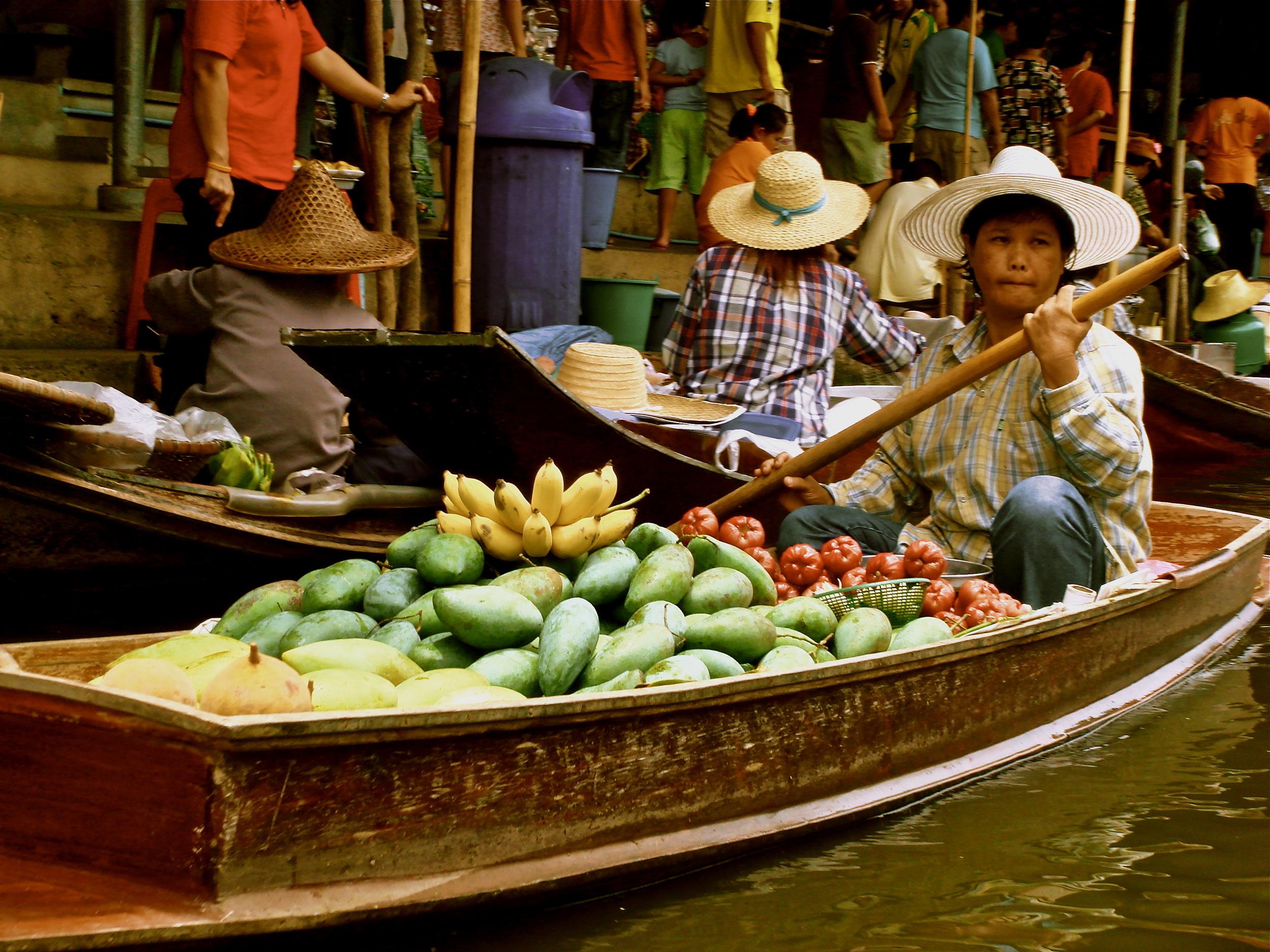 Floating Fresh Fruit       Bangkok, Thailand