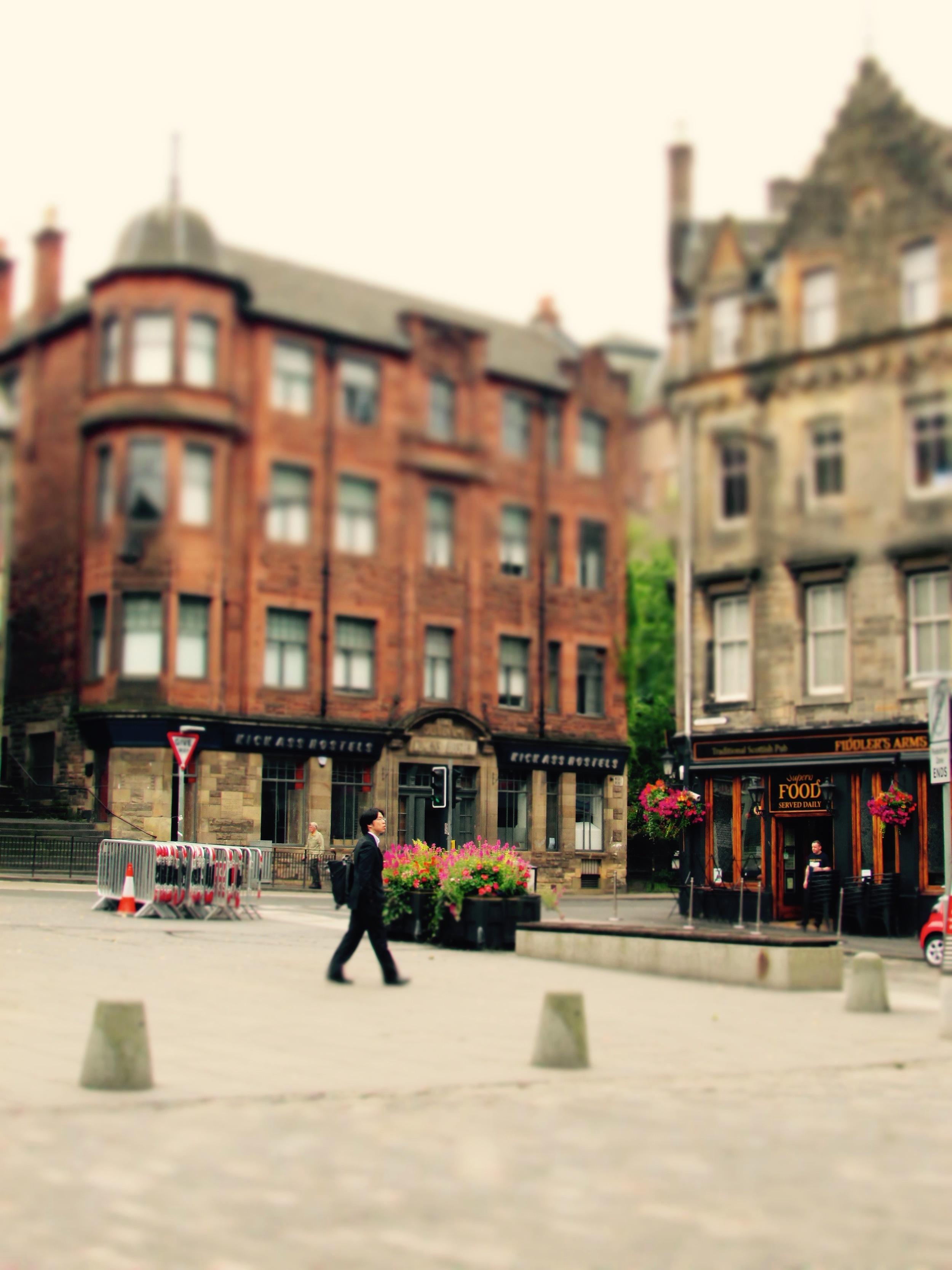 A quiet, cloudy morning in Edinburgh, Scotland