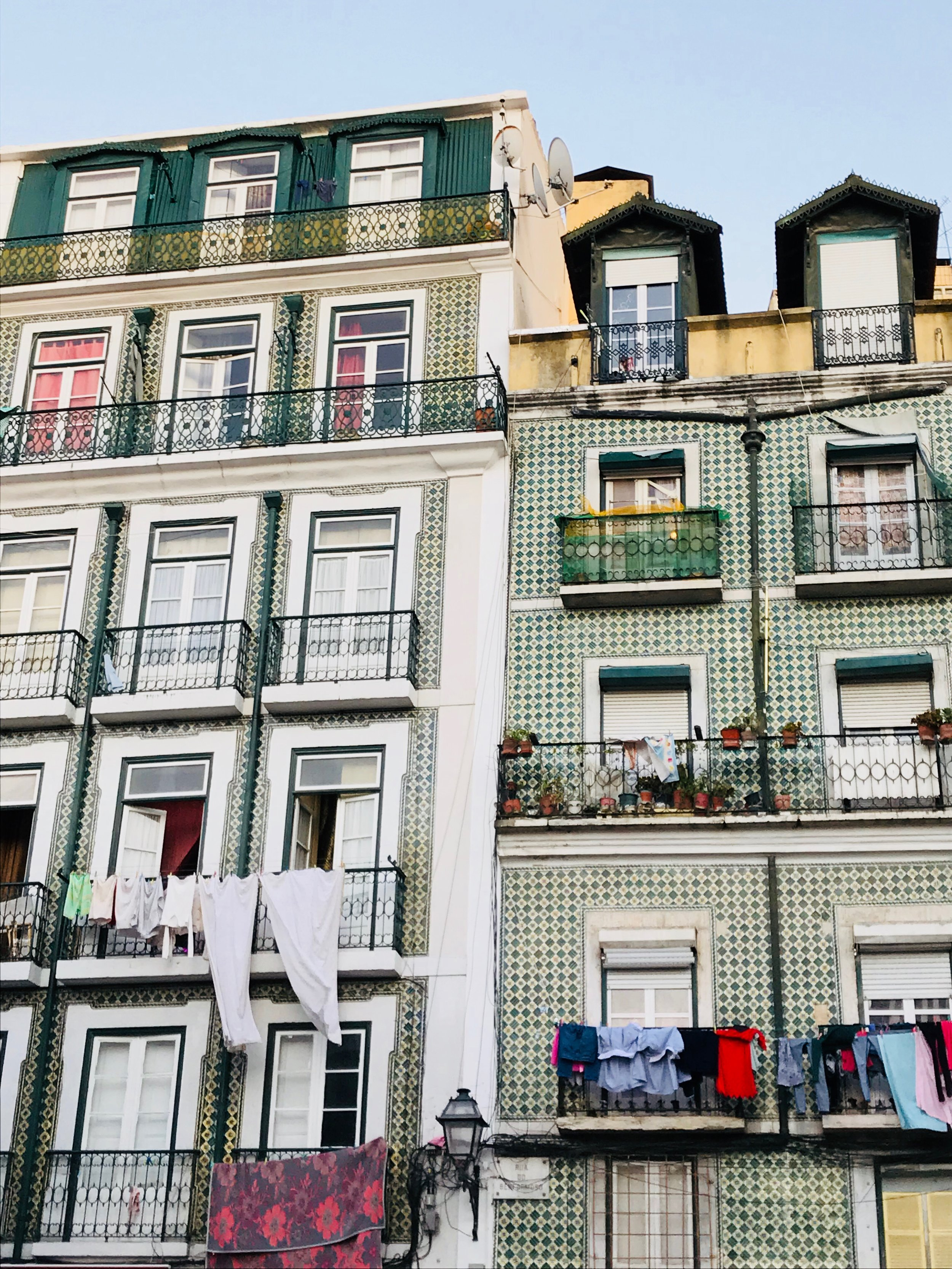 See, eat, and experience Lisbon