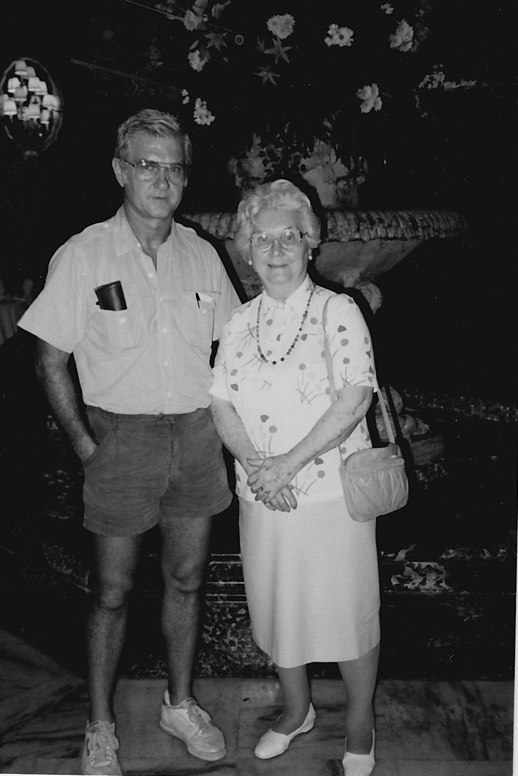 Bill Walker and Mom.jpg