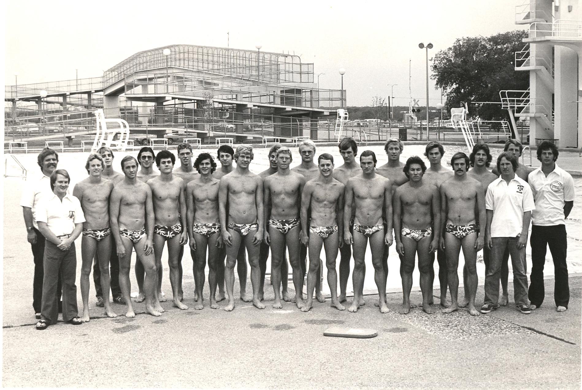 1976_mSWIM_team.jpg