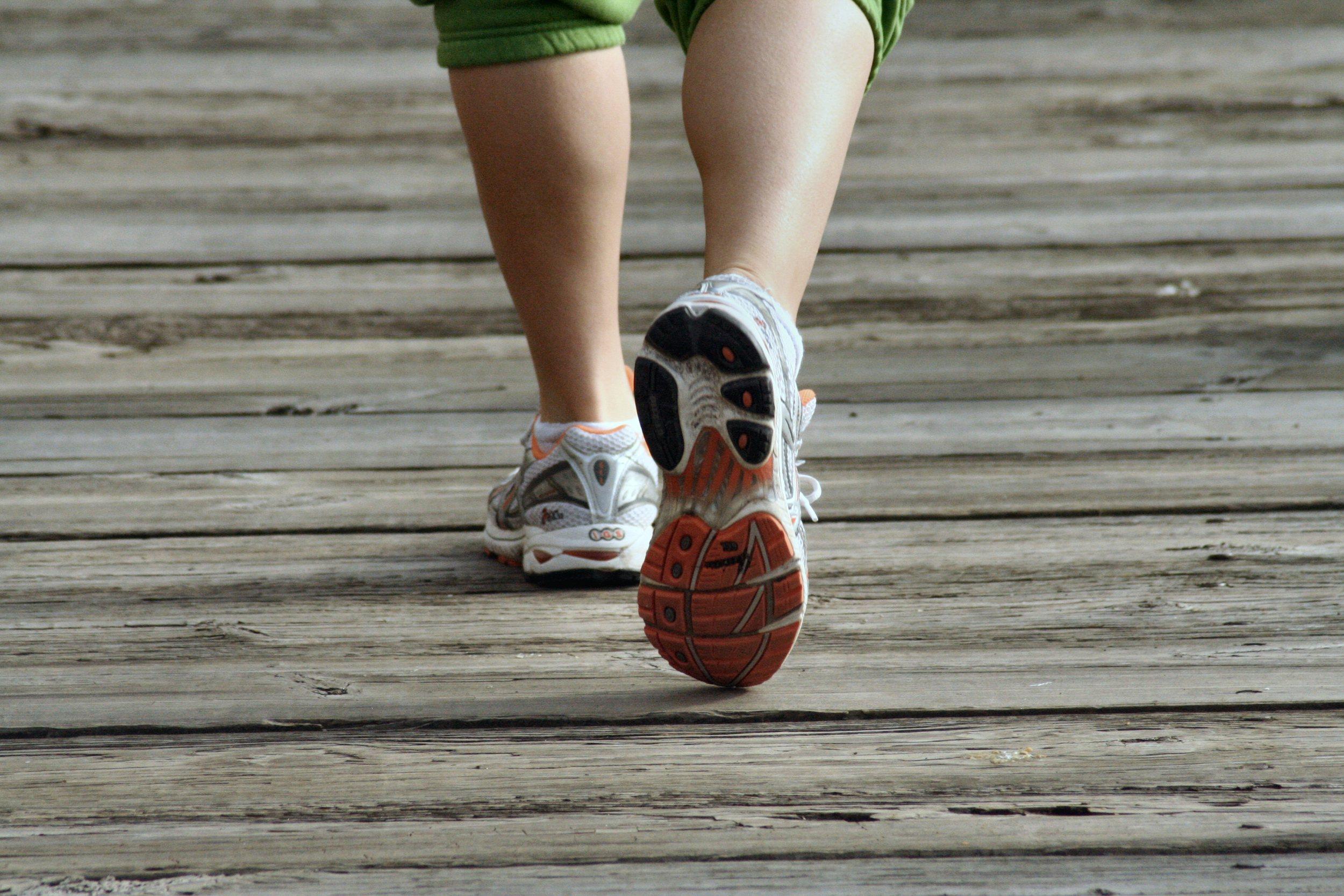 jogging feet (free).jpg