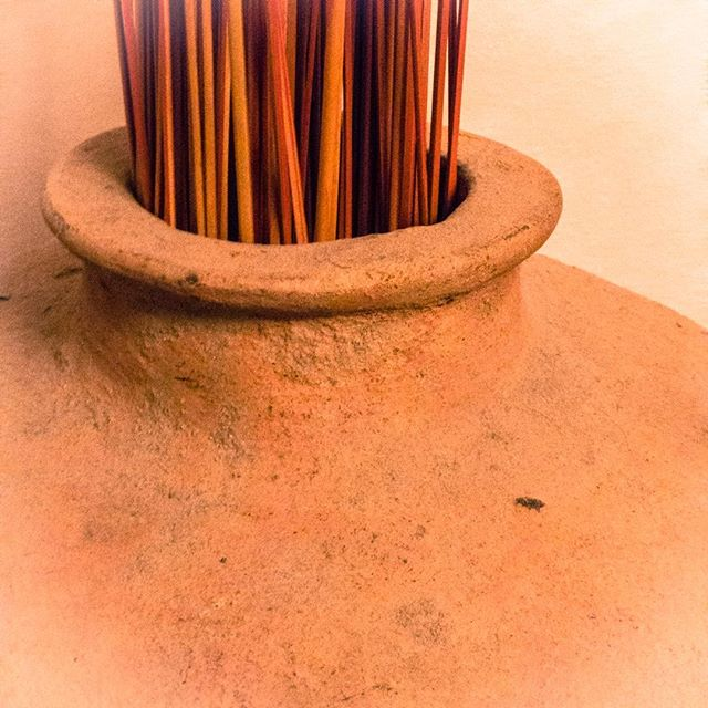 Mexican Pottery…  #stilllife #mexico #mexicostyle #design #MARTYhiester