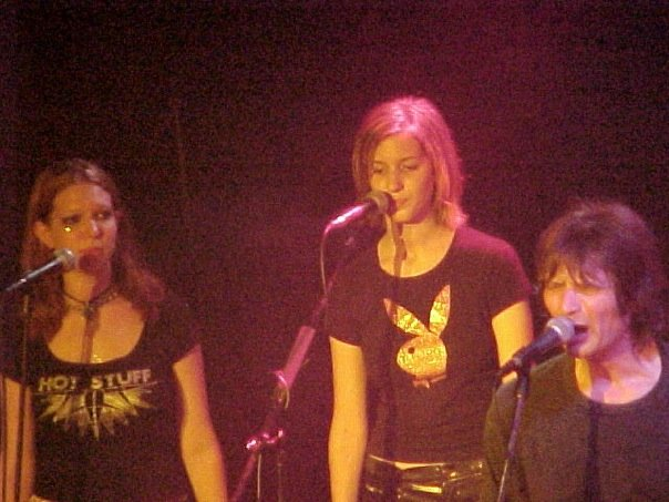 Chelsea, Renee, and Dennis Dunaway singing at Whiskey A Go Go at Glen Buxton Memorial 2001. Soak in the teenaged awkwardness, people.
