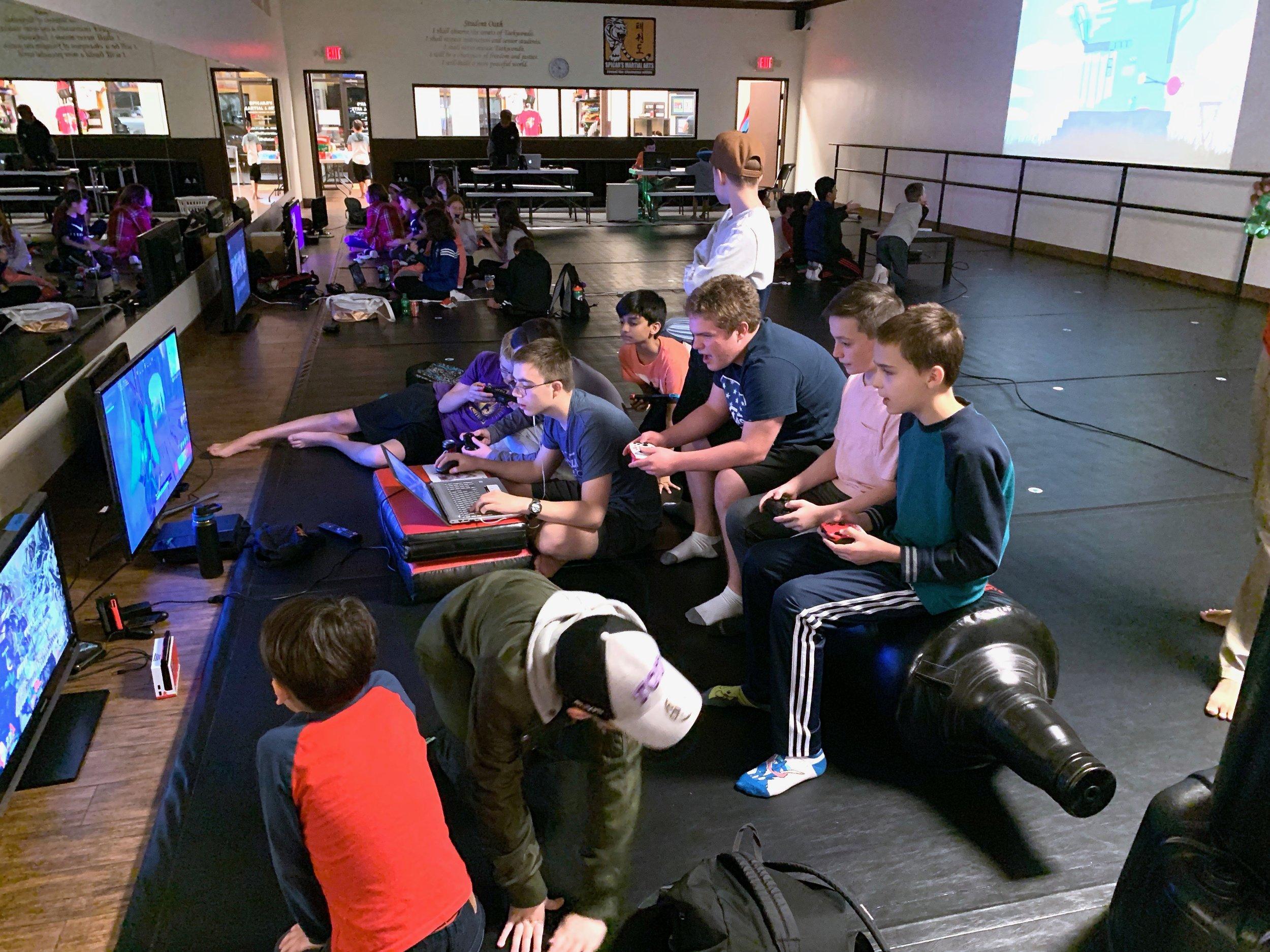 kids-teens-video-game-party-southlake-texas.jpeg