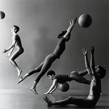 Photographed by Lois Greenfield