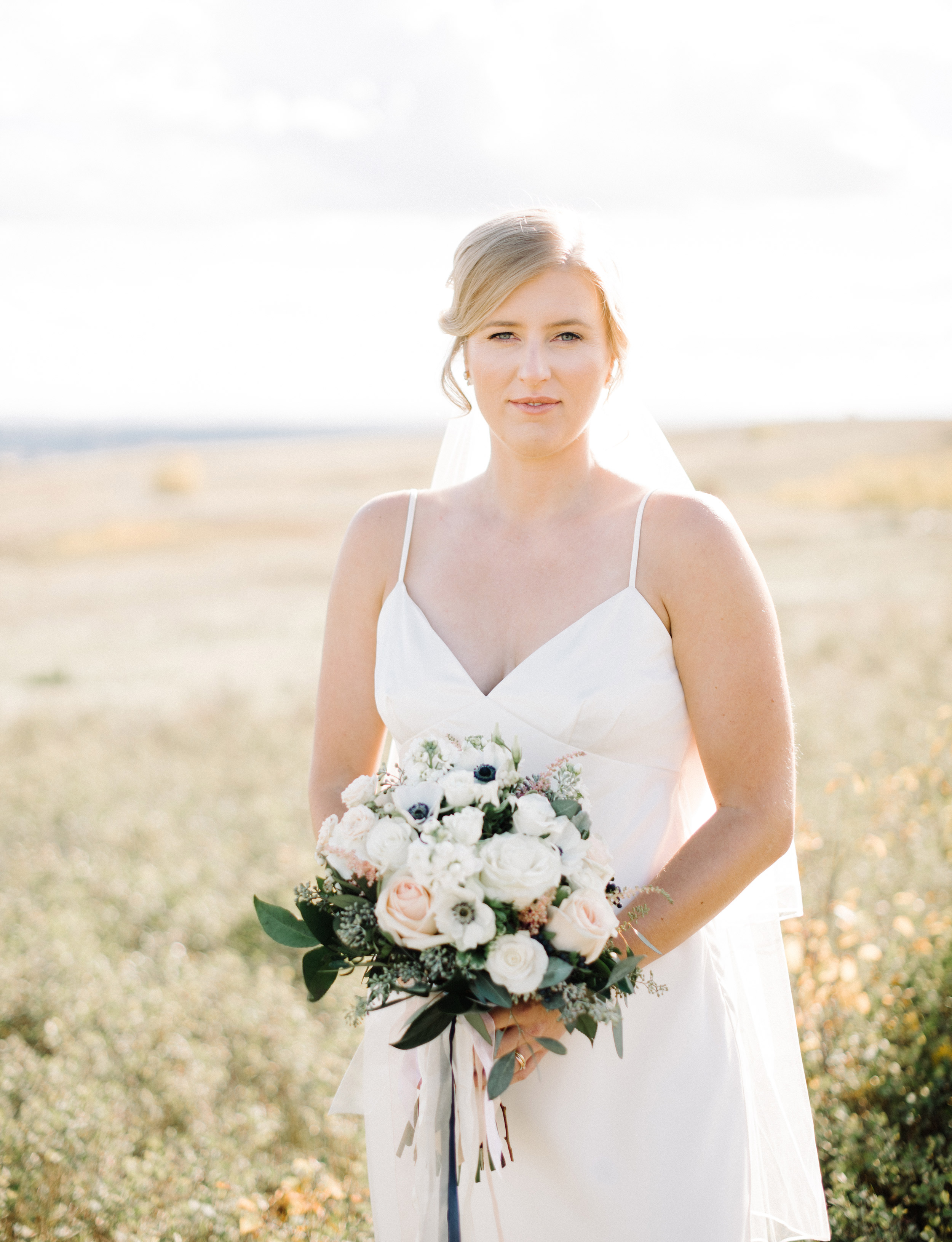 013-calgary_wedding_photographers.jpg