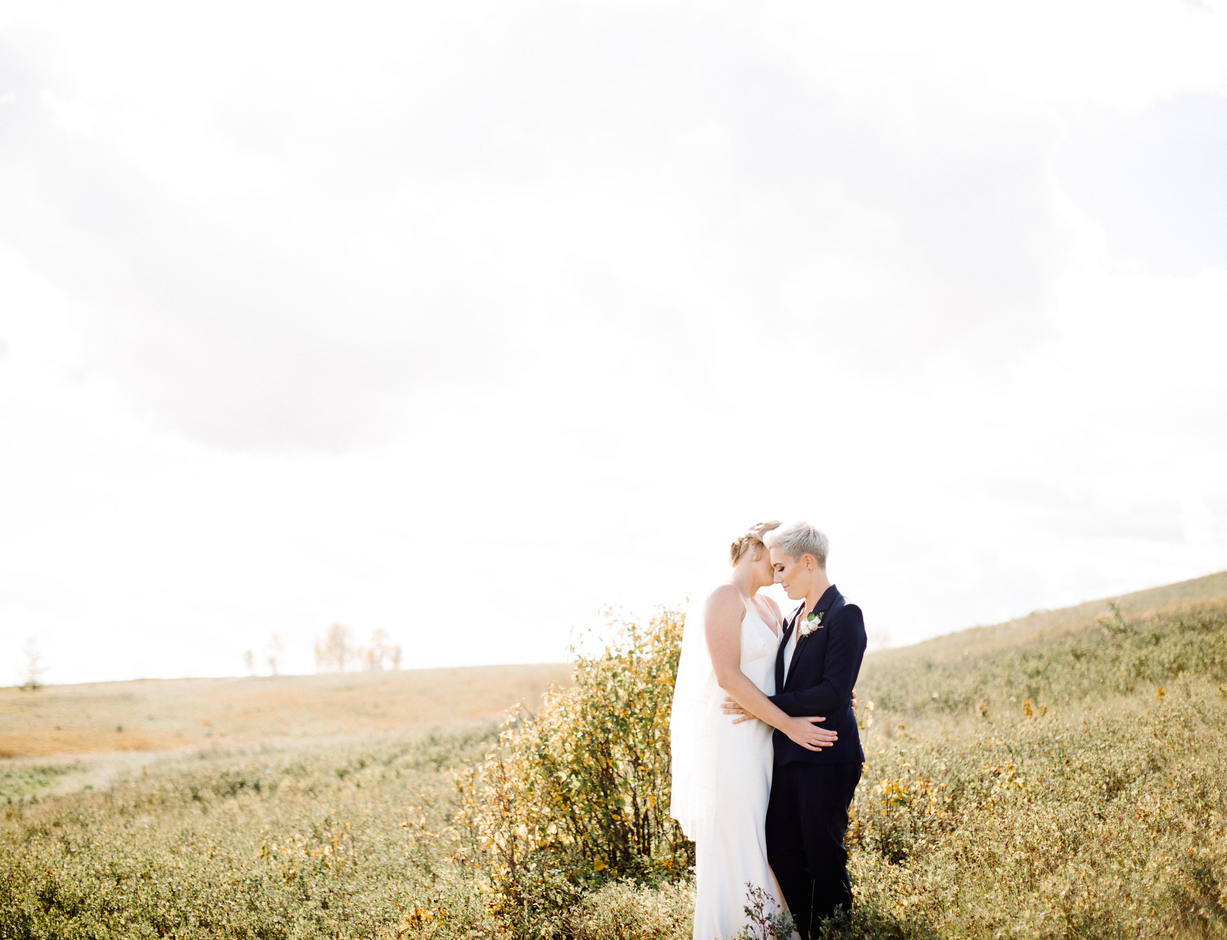015-calgary_wedding_photographers.jpg