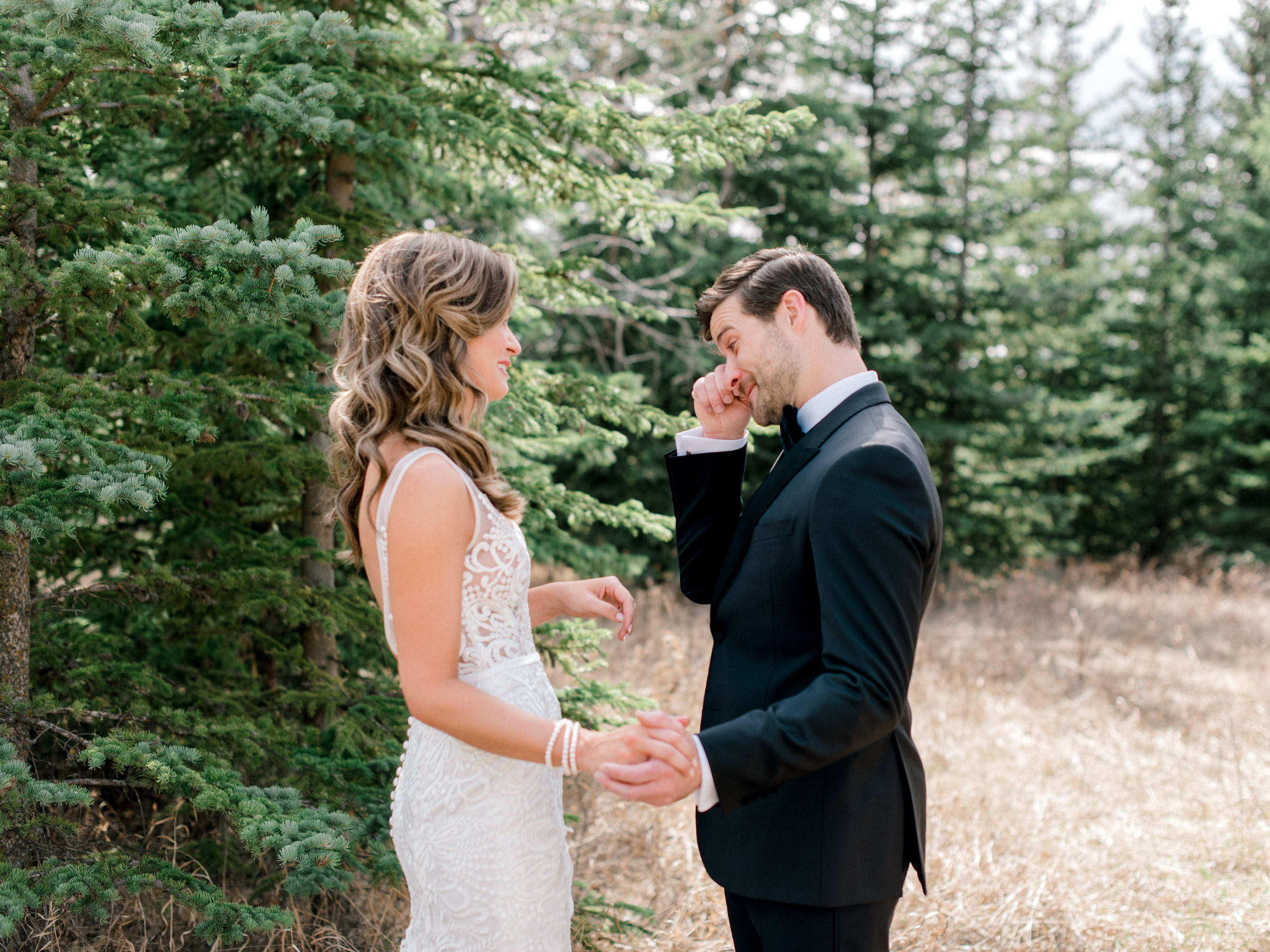 035-The_Lake_House_Calgary_Wedding.jpg