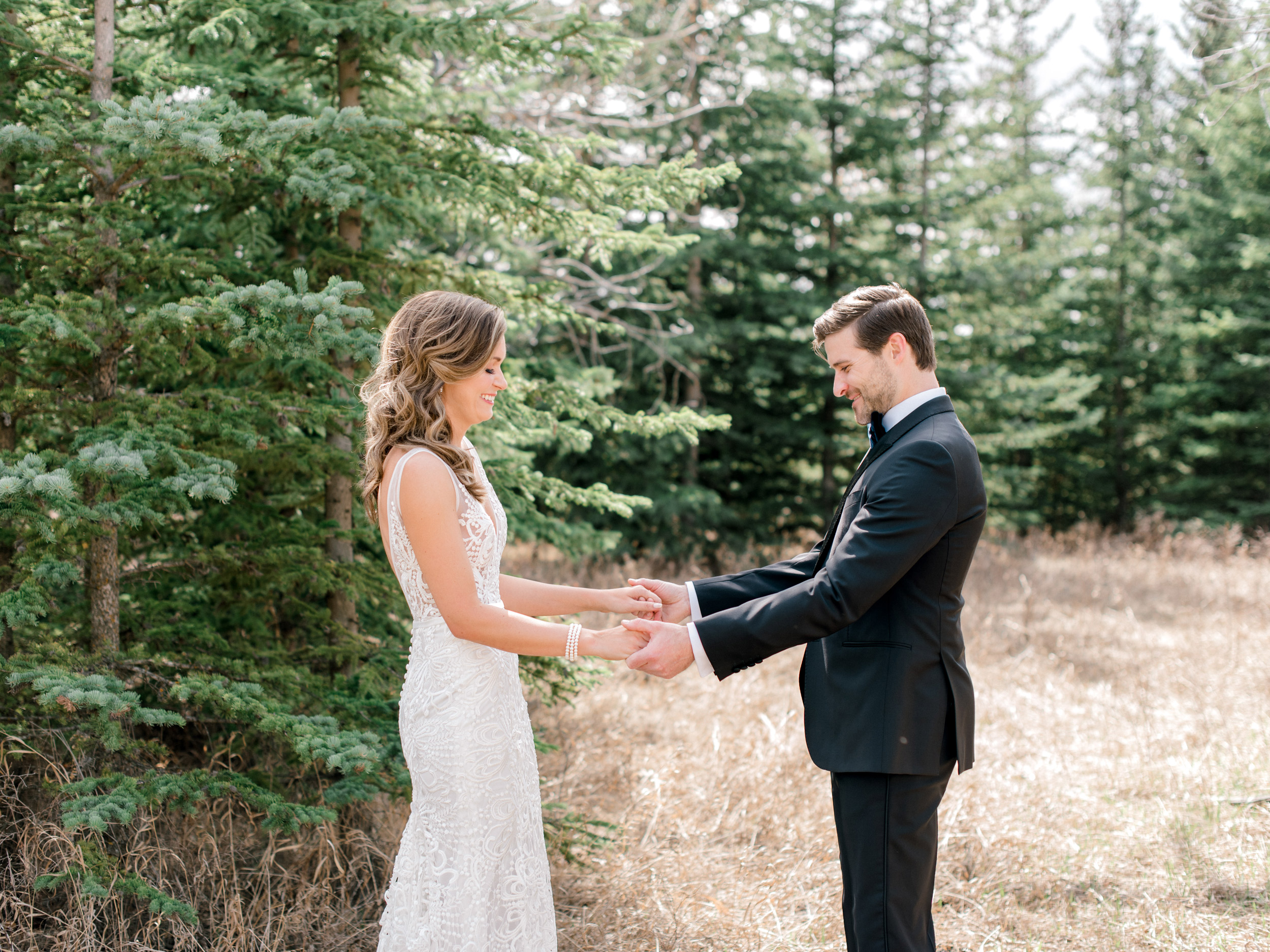 036-The_Lake_House_Calgary_Wedding.jpg