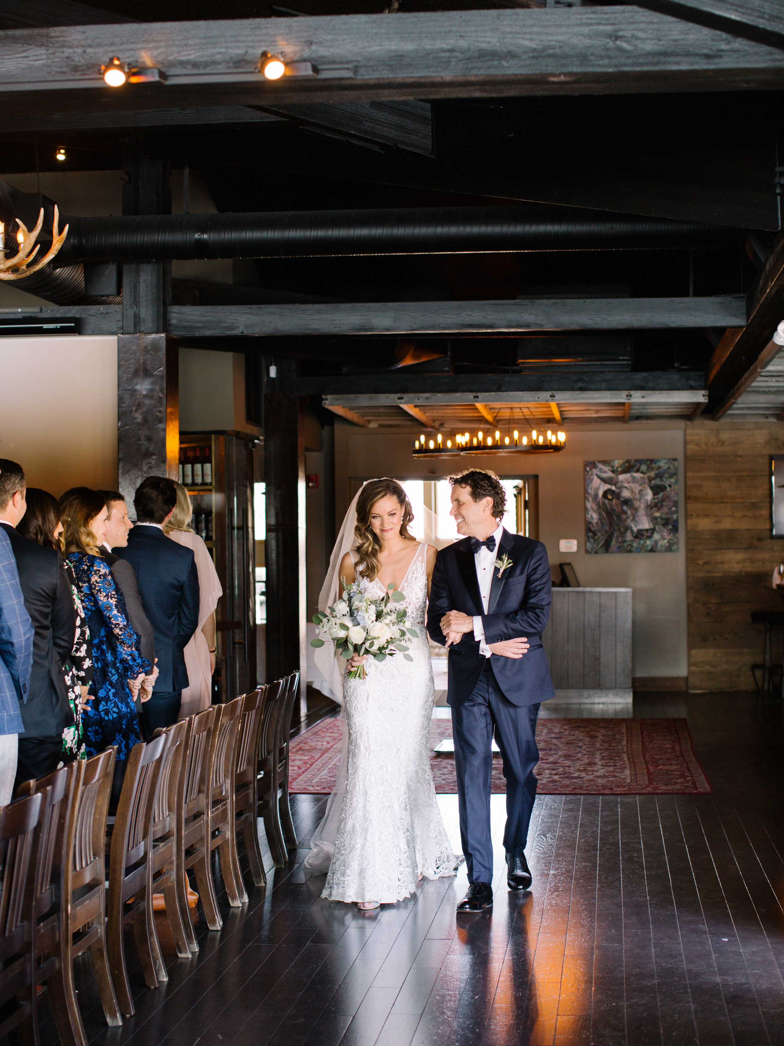 055-The_Lake_House_Calgary_Wedding.jpg