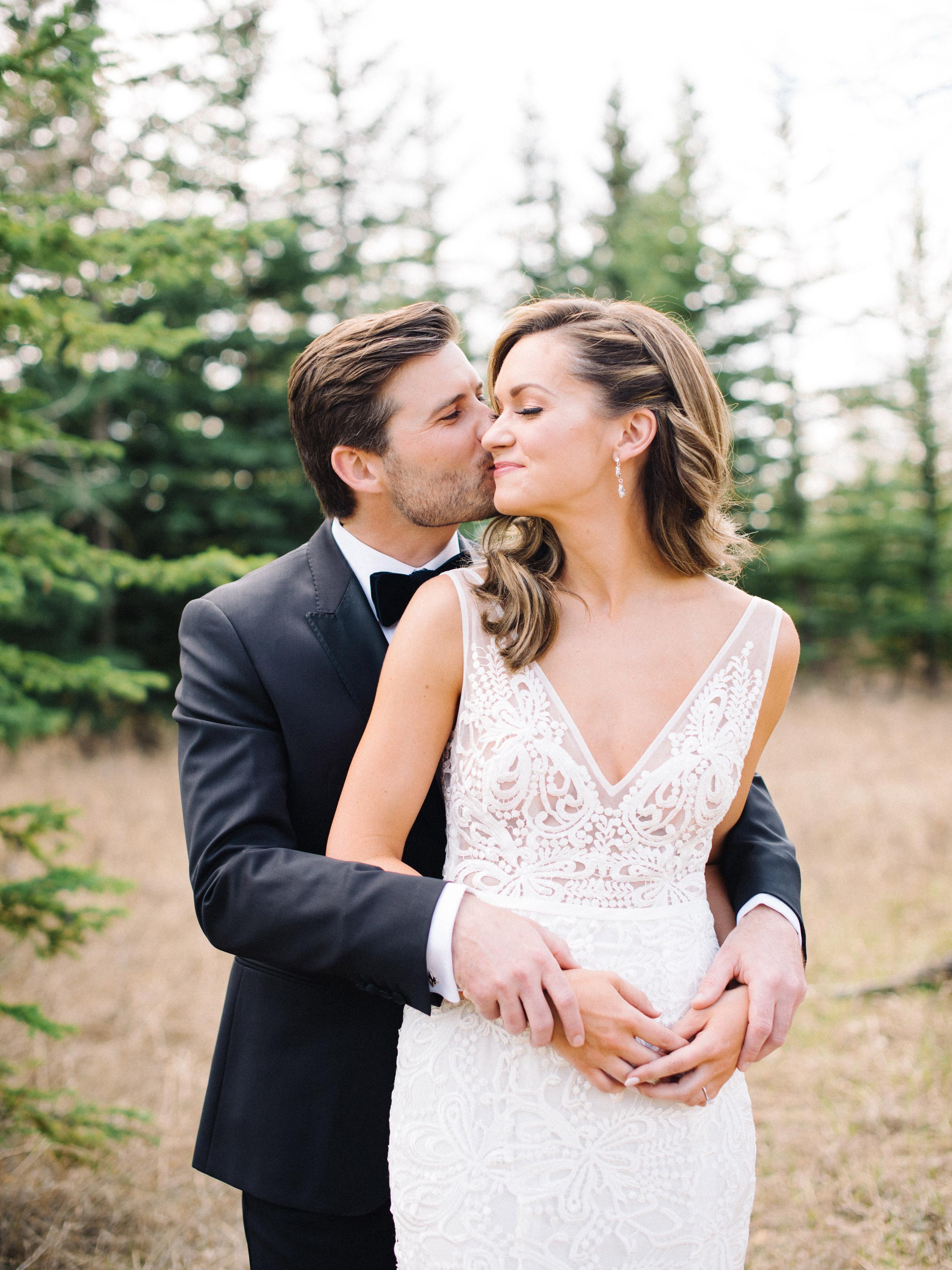 095-The_Lake_House_Calgary_Wedding.jpg