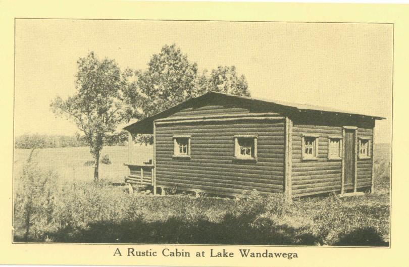 A rustic cottage at Lake Wandawega