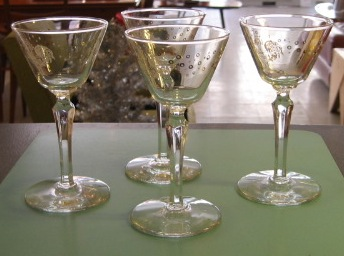 cocktail glasses rooster.JPG
