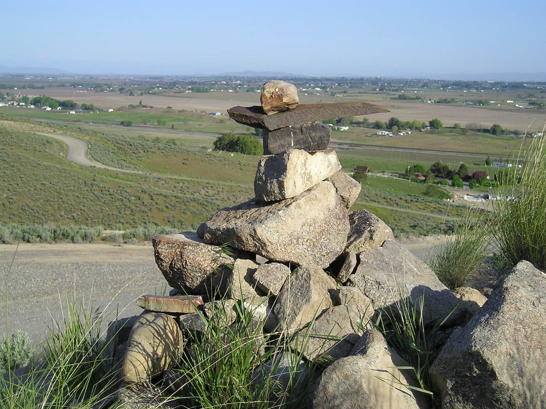 rock cairn 2006.jpg