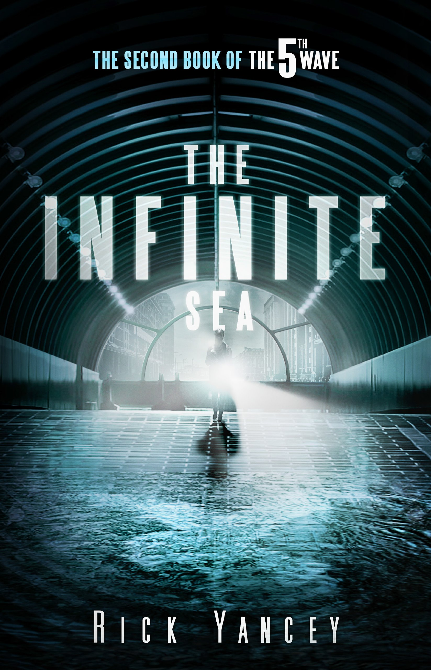 The Infinite Sea (The Fifth Wave #2) | Clear Eyes, Full Shelves