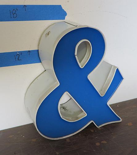 ampersand 01.JPG