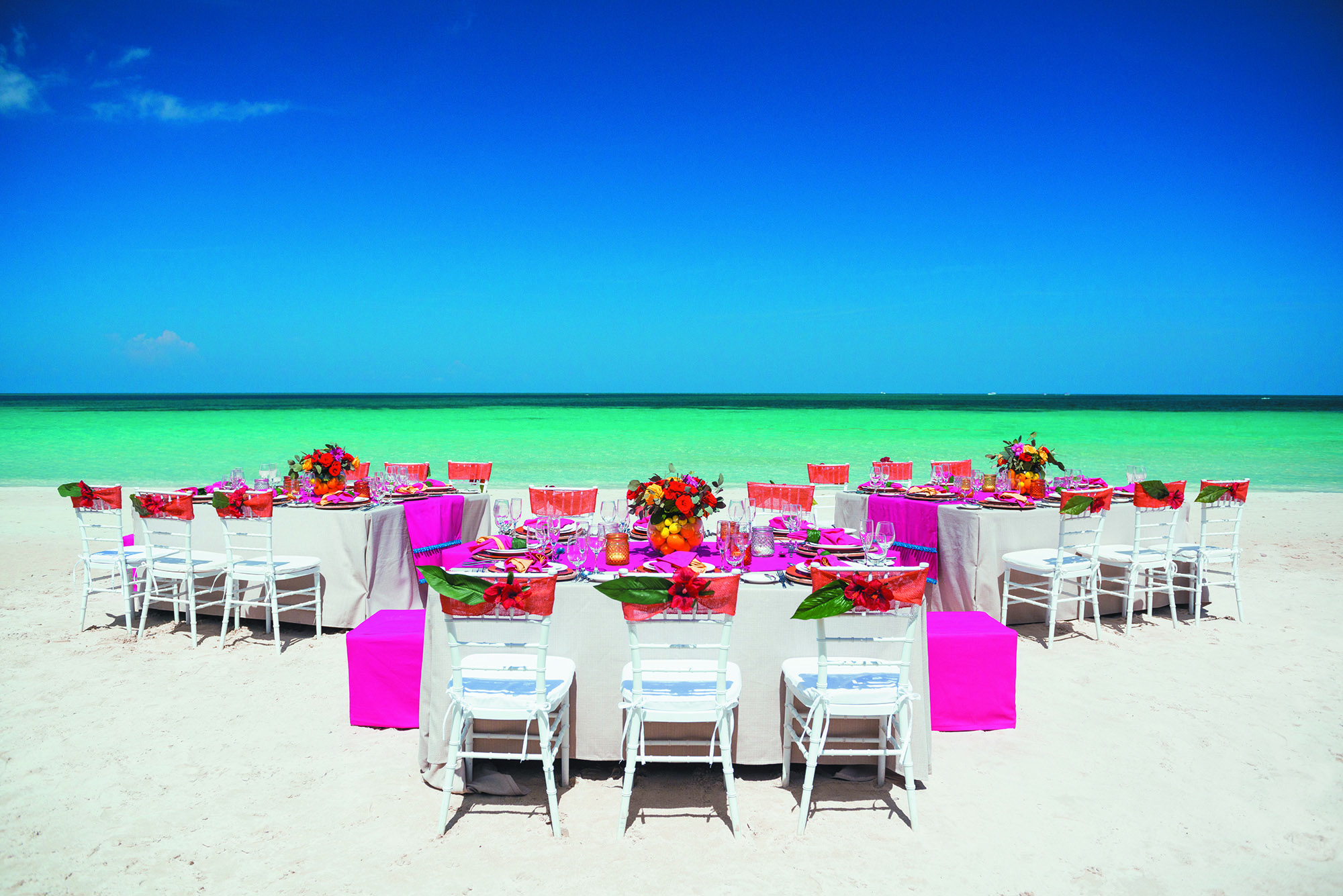 BNG_WHEN_IN_THE_TROPICS_RECEPTION_DETAILS_078.jpg