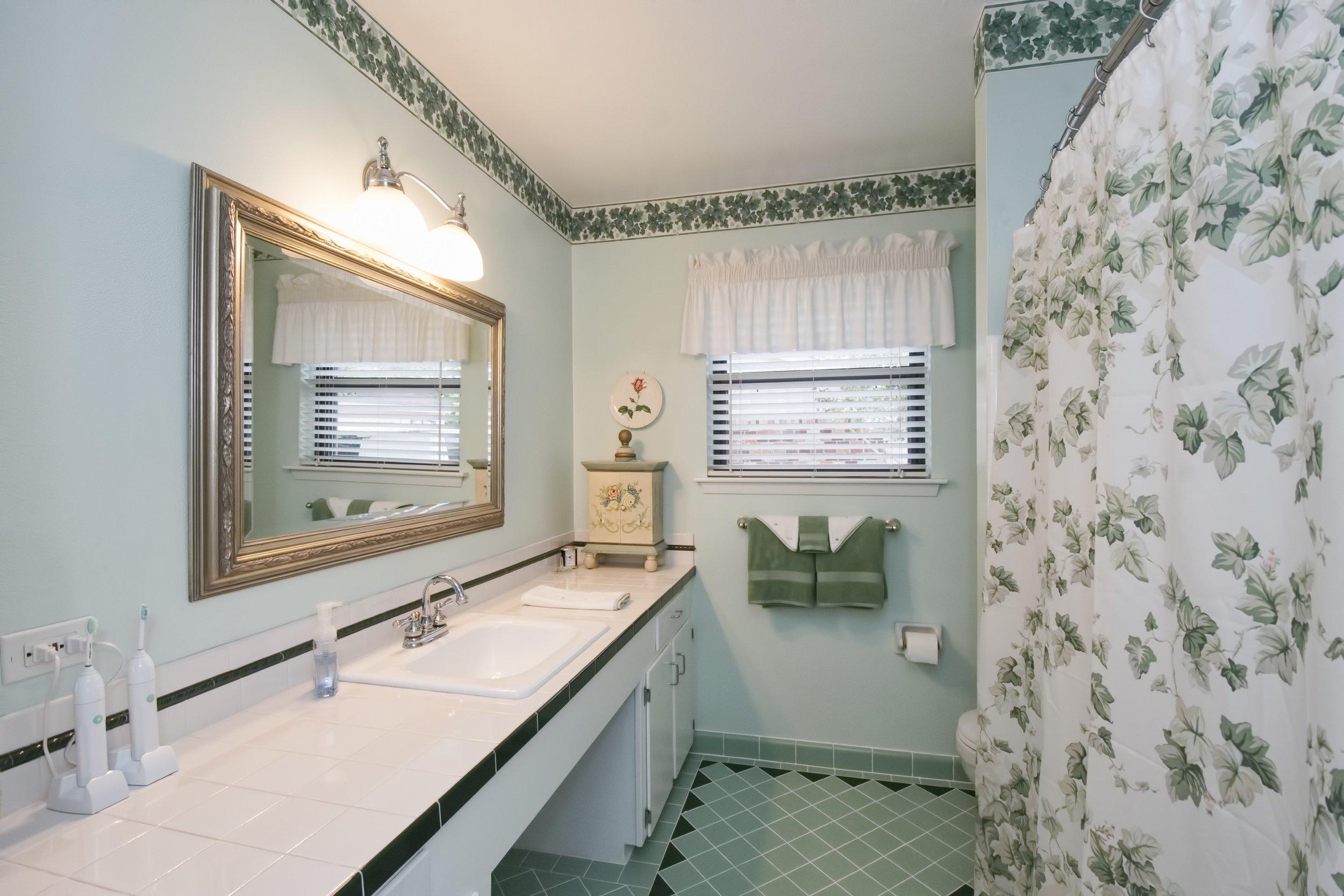 Sieber - Bathroom A.jpg
