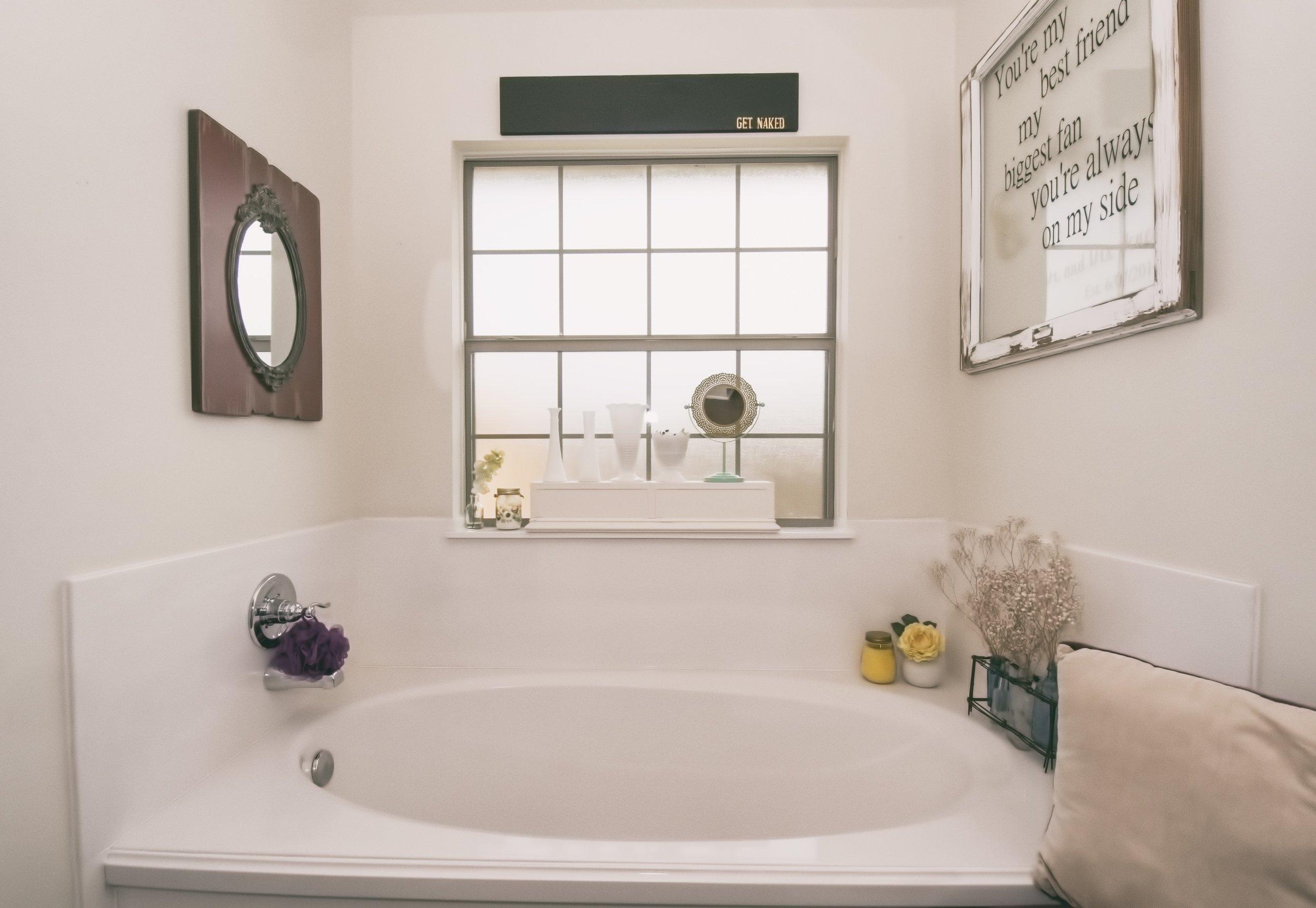 Yucca - 21 Master Bath B.jpg