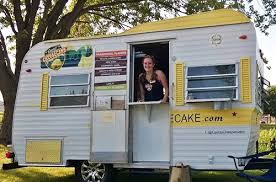 Our vintage camper is the cutest thing on two wheels! We will make your event goer's or office worker's day with our fun camper and fantastic staff! We can offer by the slice pricing to them or work with you on a pre-paid event where they get cheesecake tickets good for one slice, etc.