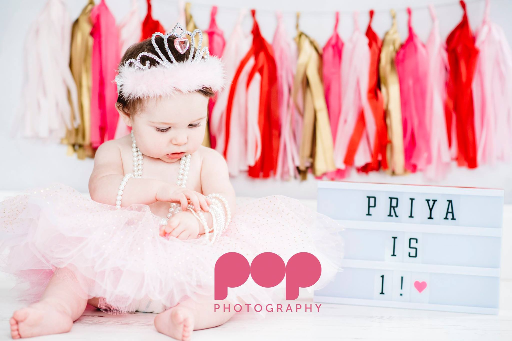 Photo © Copyright Pop Photography