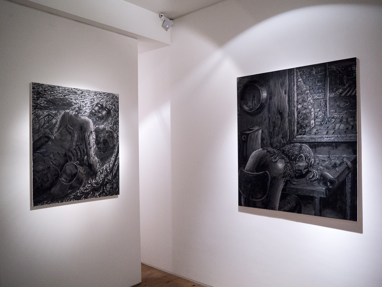 Willem Weismann Moonblinking solo exhibition at CABIN gallery curate by Joe Madeira