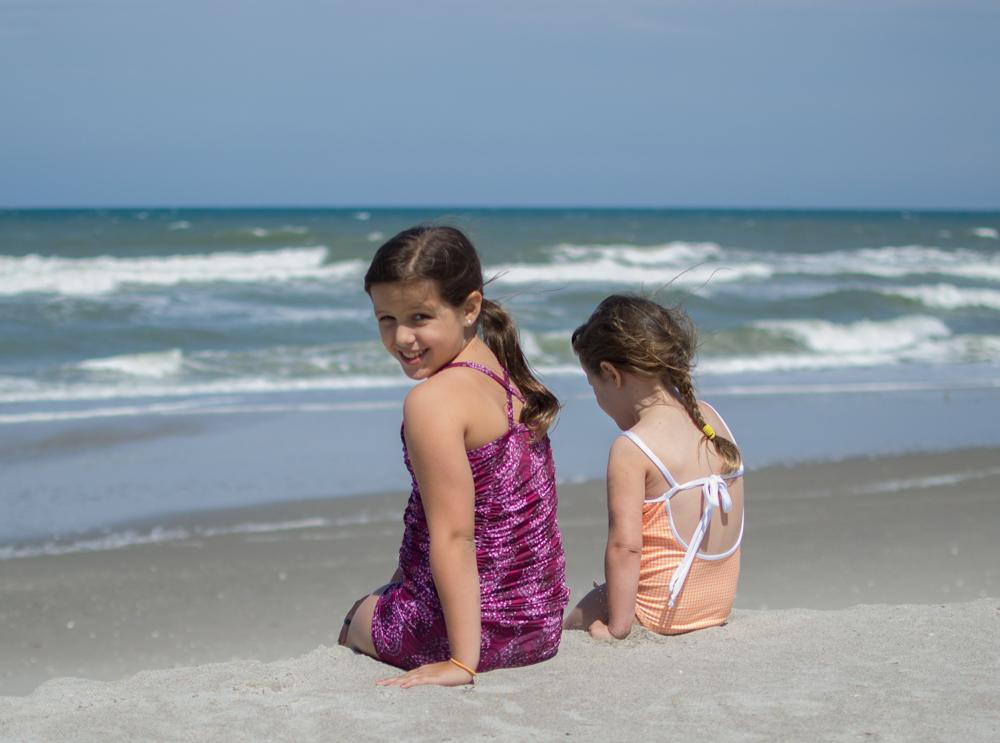 Ru girls Beach Girls