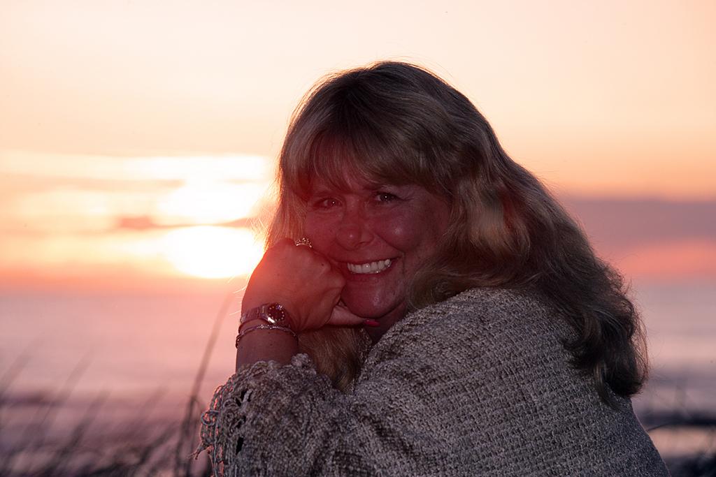 Christie sunset Desk top.jpg