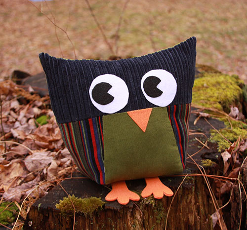Owls for All - a group sewing project for kids from The Scientific Seamstress