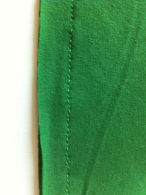 How to Sew Stretch Fabrics - 3 Simple Steps for Success