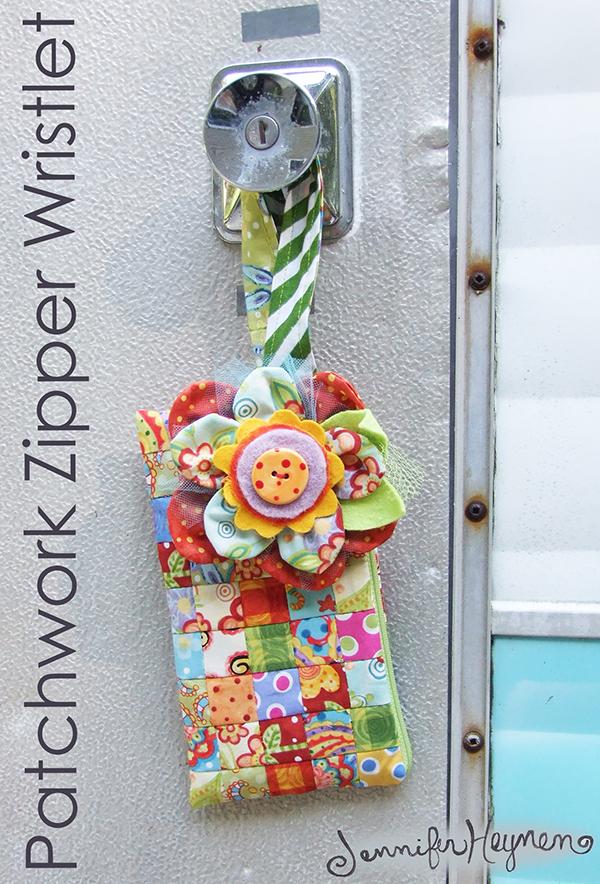 cute patchwork wristlet free tutorial