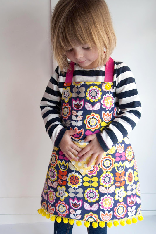 Child's Reversible Fat Quarter Apron from Aesthetic Nest