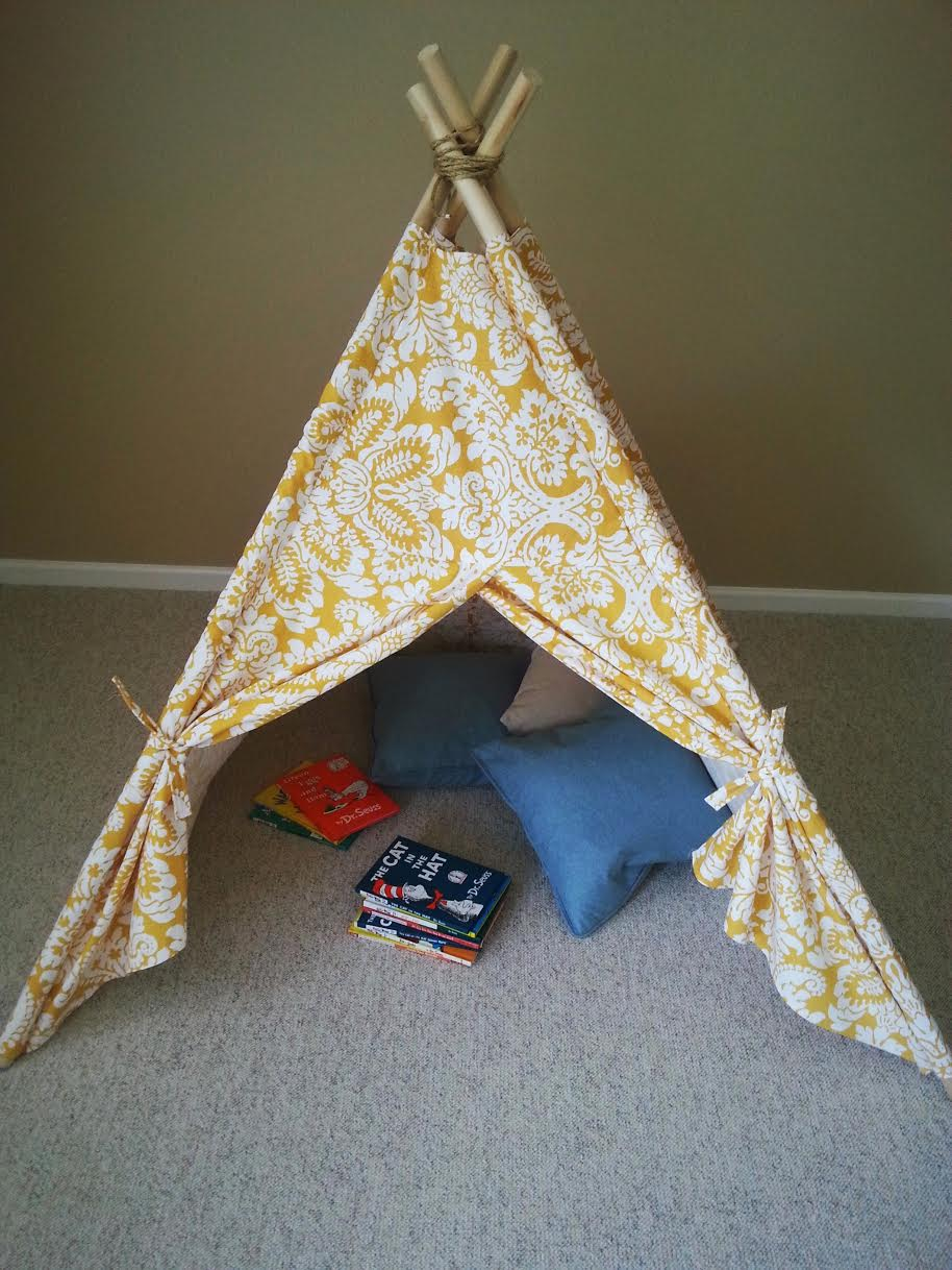 DIY KIDS TEEPEE TENT TUTORIAL from Divine Lifestyle