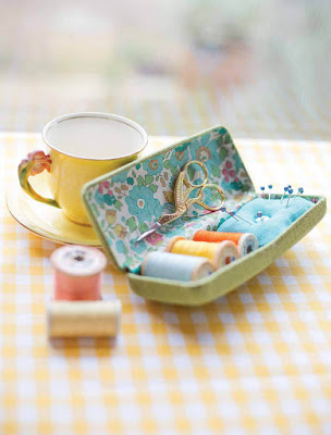 glasses case sewing kit a.jpg
