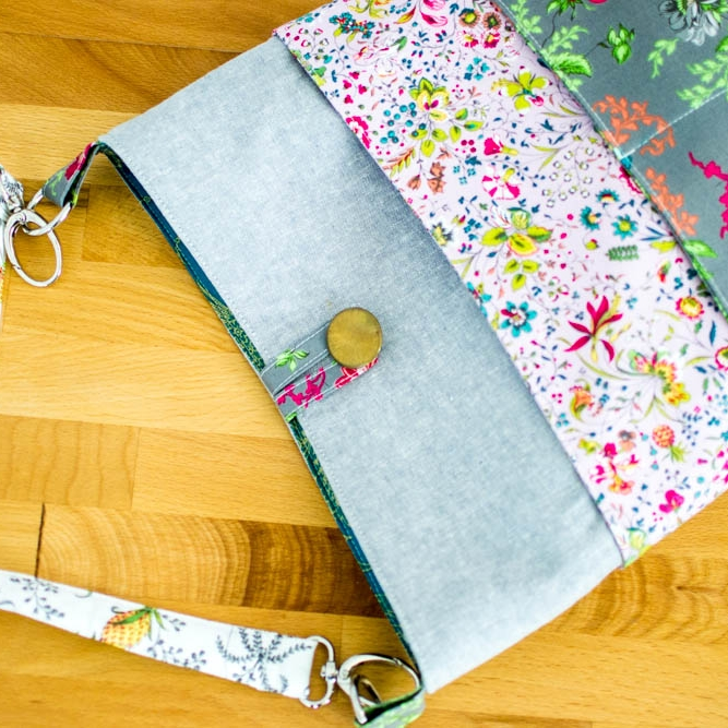 tote with many pockets free sewing pattern
