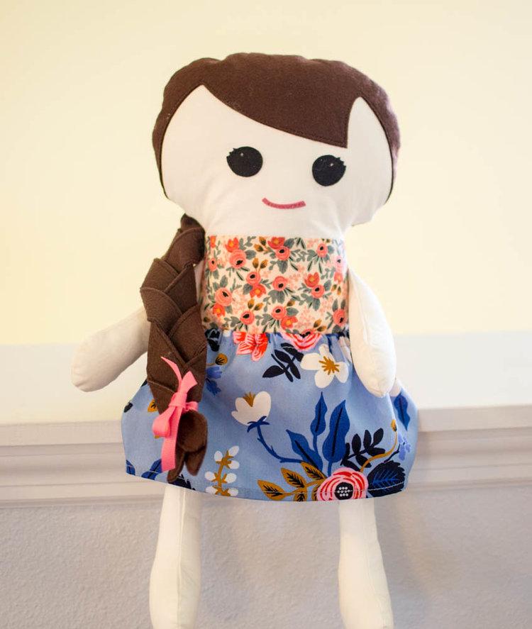 free+fabric+doll+pattern.jpg