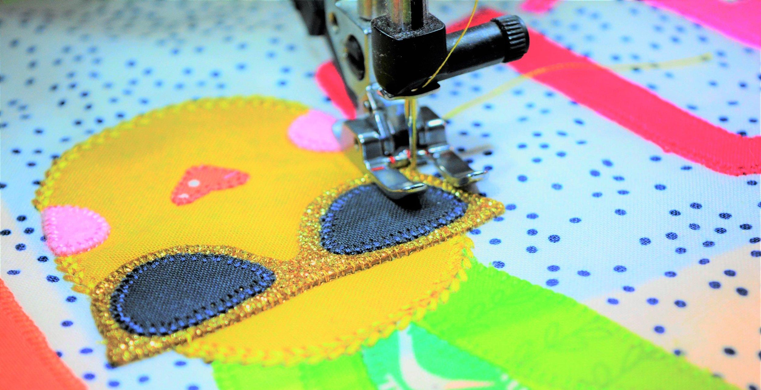 Aloha Sweetie Mini Quilt Stitching.jpg