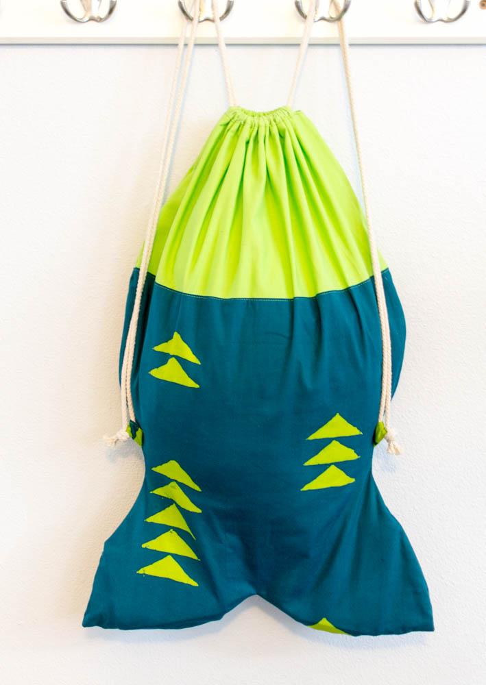 Diy Easy Fish Shaped Drawstring Backpack The Fishpack