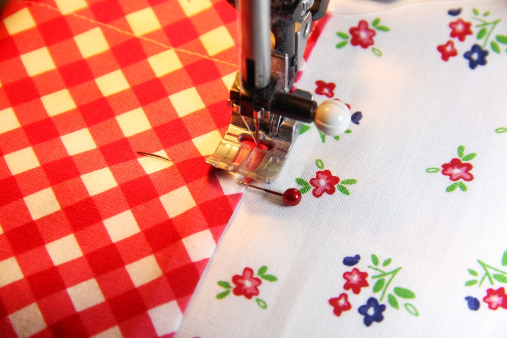 8. stitching pockets to skirt.JPG