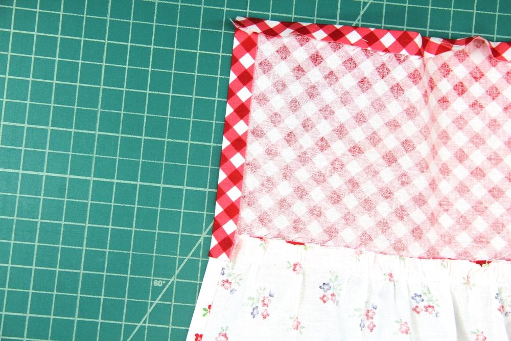 19. short ends of waistband folded under.JPG